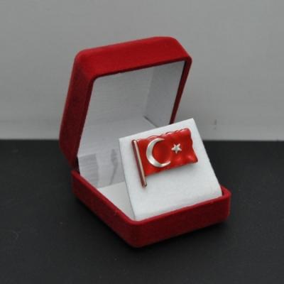 Türk Bayrağı Rozeti