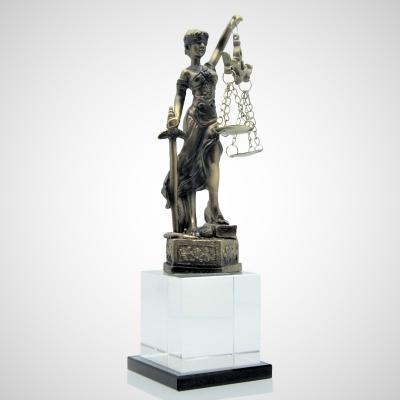Adalet Terazisi Kristal Ödül