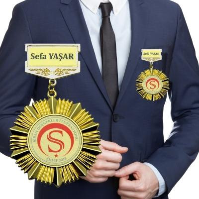 Ceket Üstü Madalyon