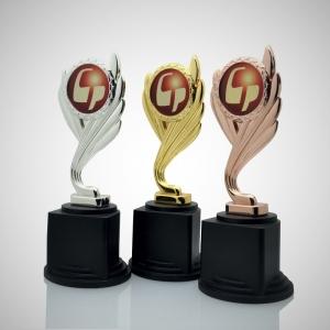 Figürlü Ödül Kupası
